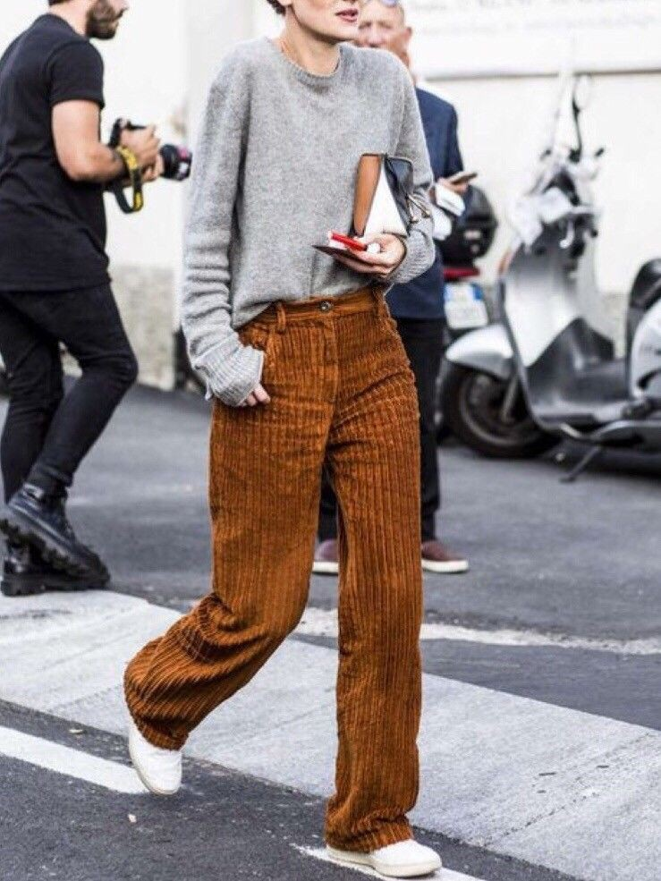 Colour combination with underpants, sportswear, trousers