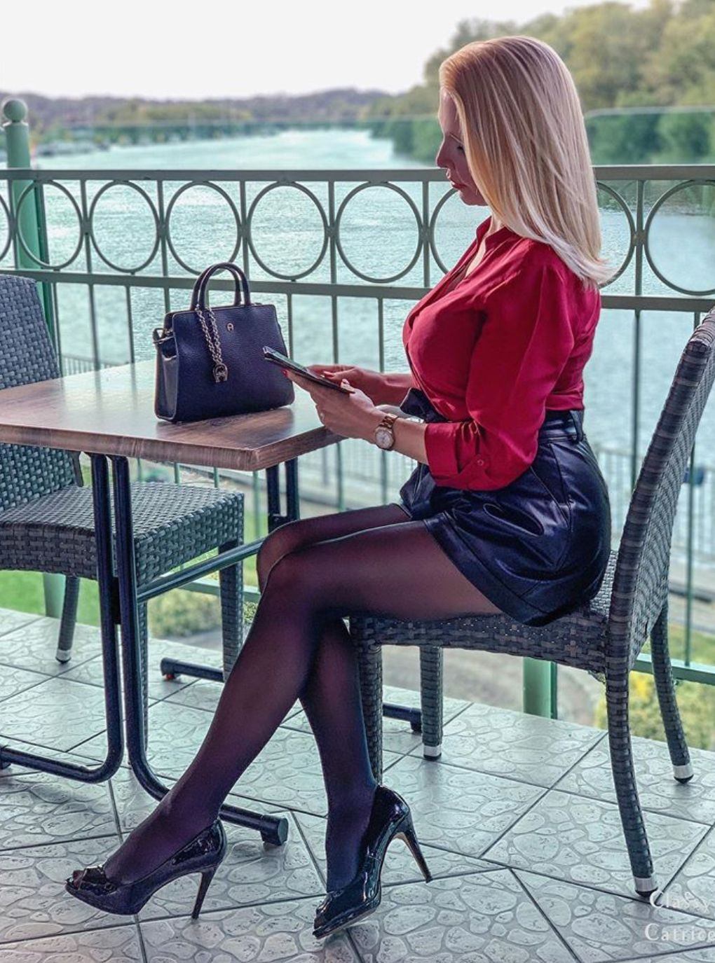 Colour outfit with stocking, shorts, tights