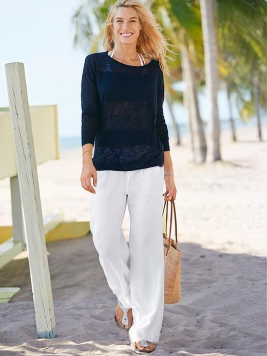 Mom white beach pants, street fashion, capri pants