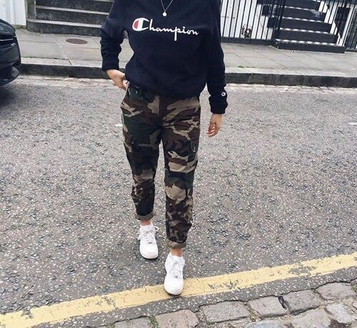 Outfit Stylevore champion outfit ideas hip hop fashion, military camouflage