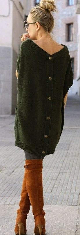 Green style outfit with sweater, blouse, coat