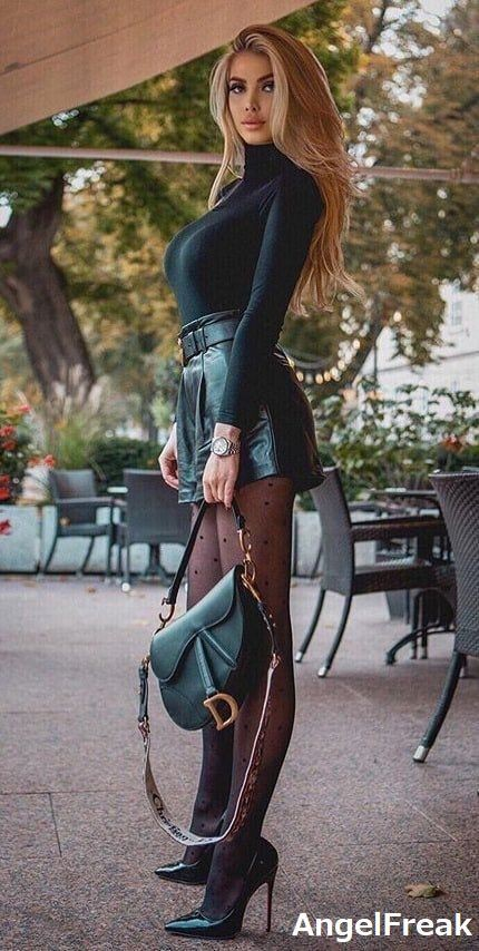 Brown colour outfit, you must try with crop top, skirt, coat