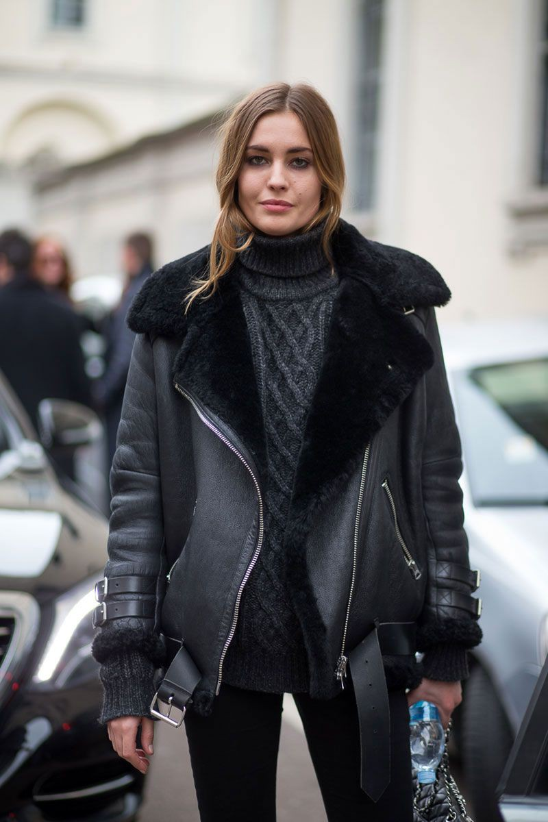 Outfit style aviator jacket outfit, shearling coat, leather jacket, street fashion, flight jacket