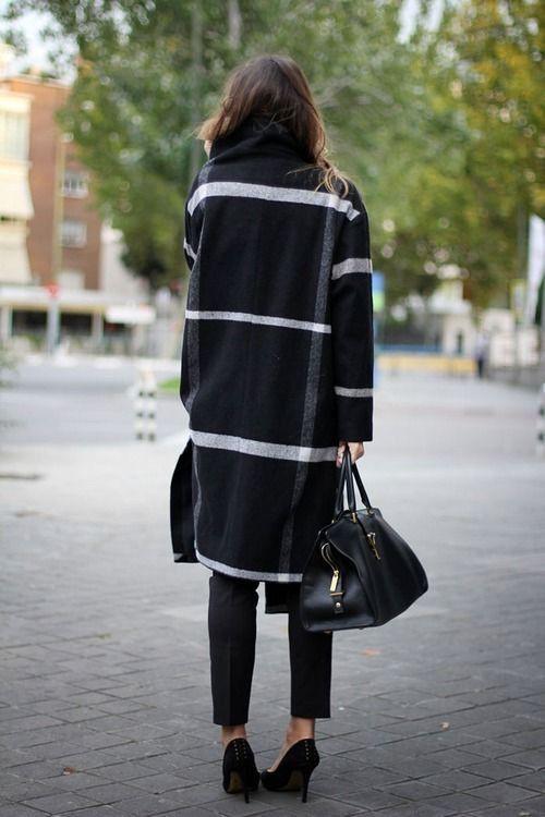 Street style back view, street fashion, fashion blog