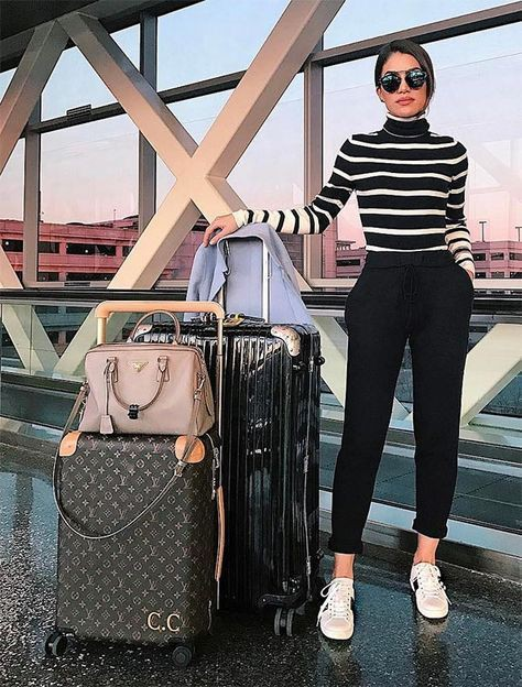 Airport travel outfit ideas, street fashion