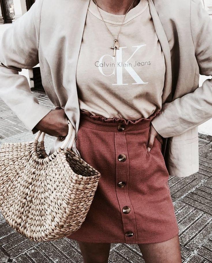 Colour dress stylizacje calvin klein, street fashion, calvin klein, lapel pin