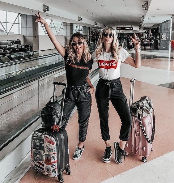 Vogue ideas friend travel airport, travel photography, fashion accessory, photo shoot