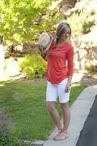 Bermuda shorts outfit ideas, shorts blancos, bermuda shorts, casual wear, t shirt