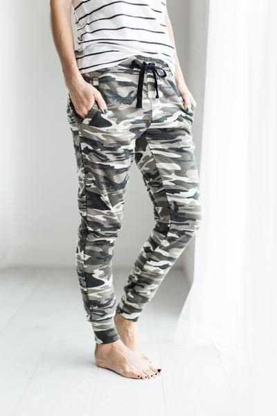 Outfit ideas with active pants, sportswear, sweatpant