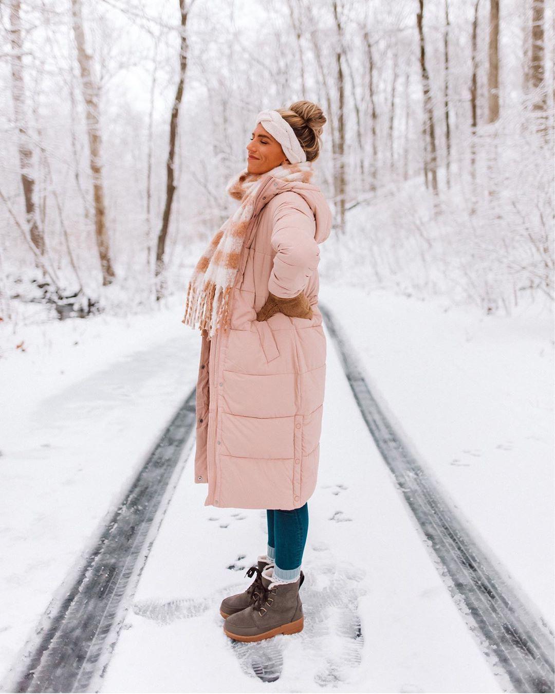 Colour dress with parka, coat, fur