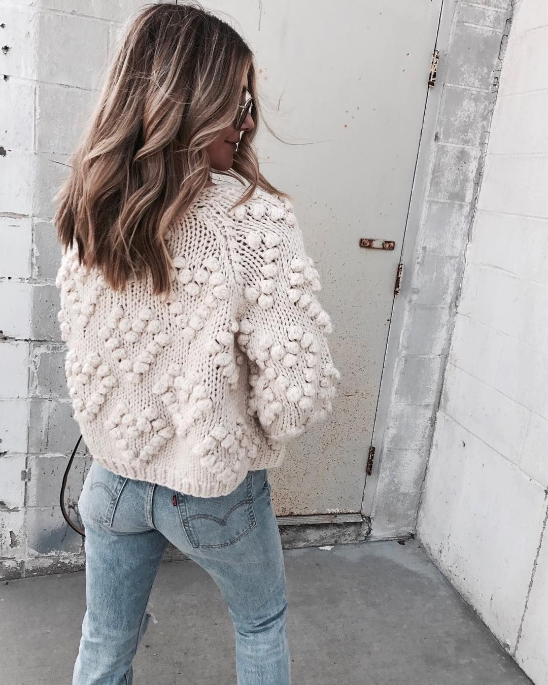 Colour dress white sweater instagram, polar fleece, casual wear, polo neck, t shirt