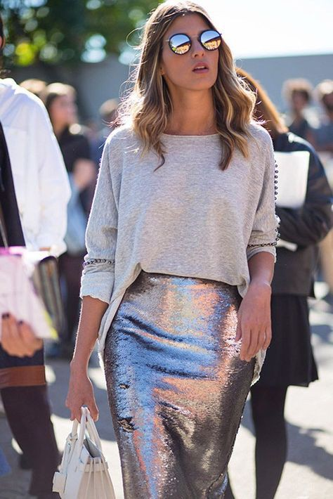 Colour outfit ideas 2020 with crop top, skirt, denim