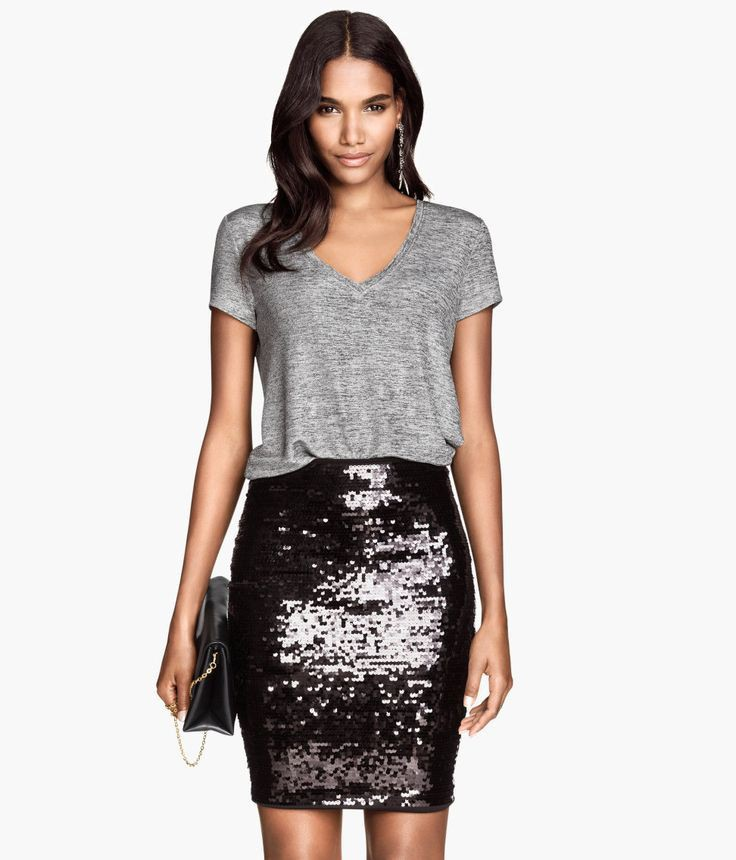 Black sequin skirt outfit, cocktail dress, sequin skirt, sheath dress, pencil skirt, photo shoot ...