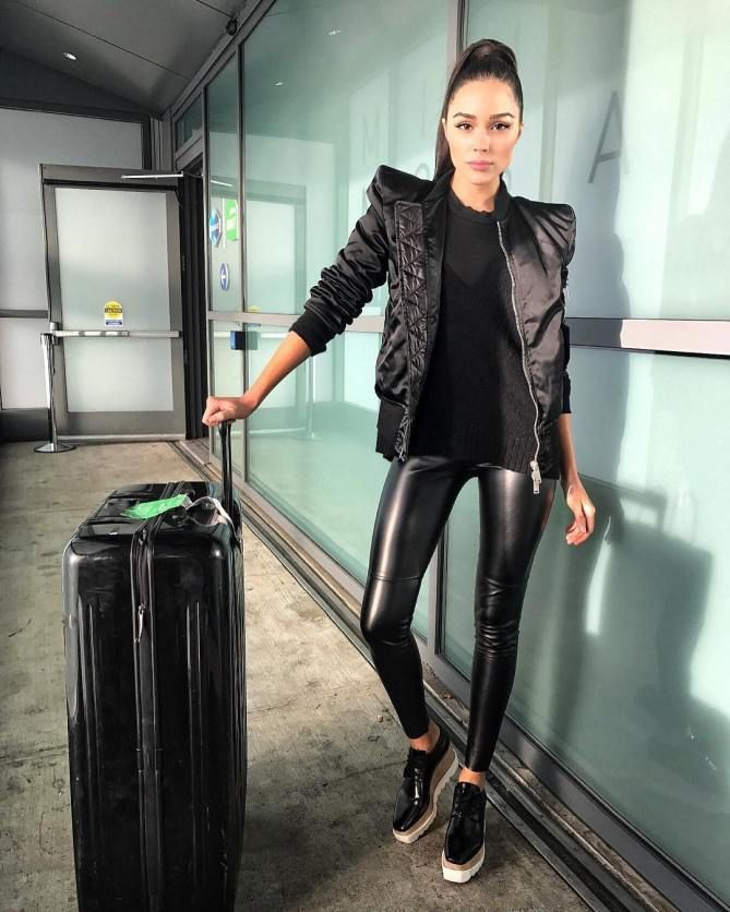Black leather legging outfit ideas