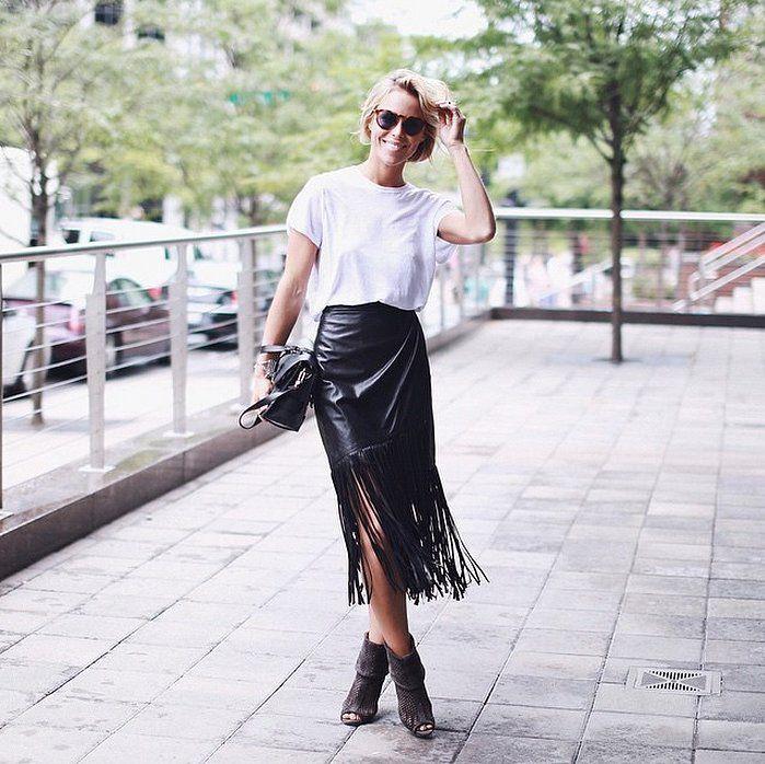 Midi dress and booties, street fashion, pencil skirt, polo neck, t shirt