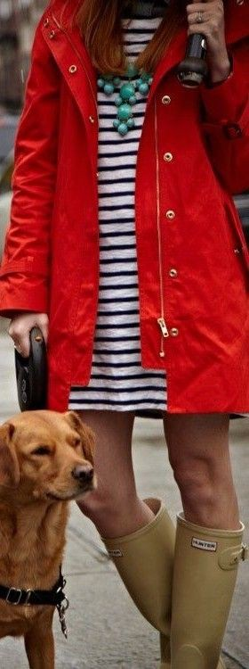 Outfit rainy rain jacket, wellington boot, trench coat, dog breed