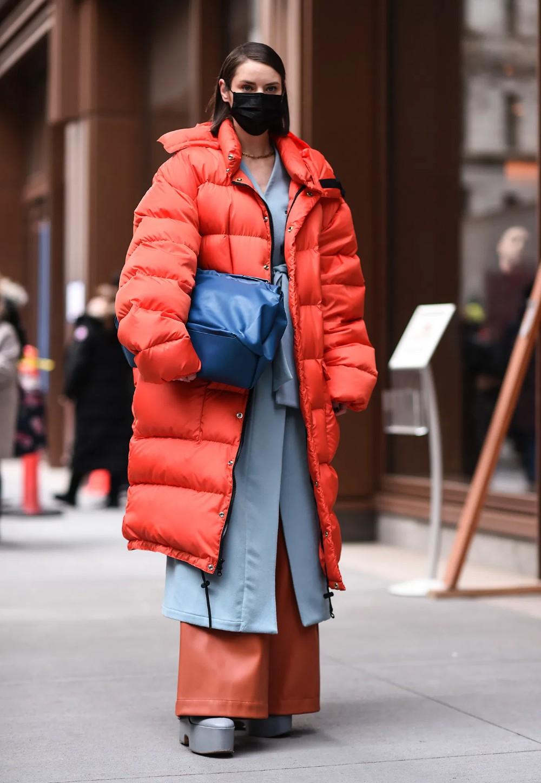 Coronavirus Outfit Meme, London fashion week