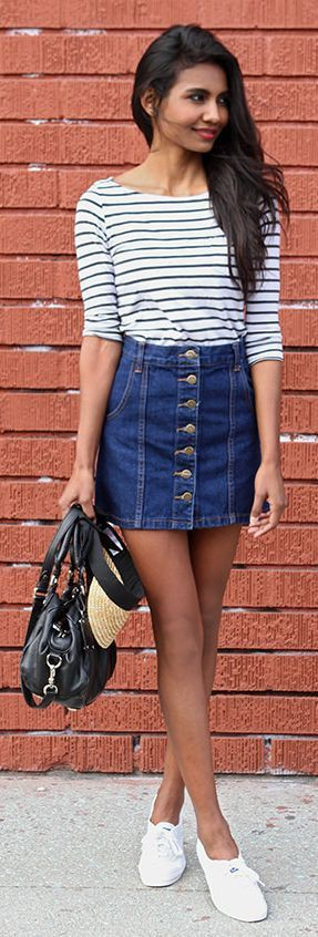 Mini skirt jeans outfit, street fashion, denim skirt, jean short, t shirt