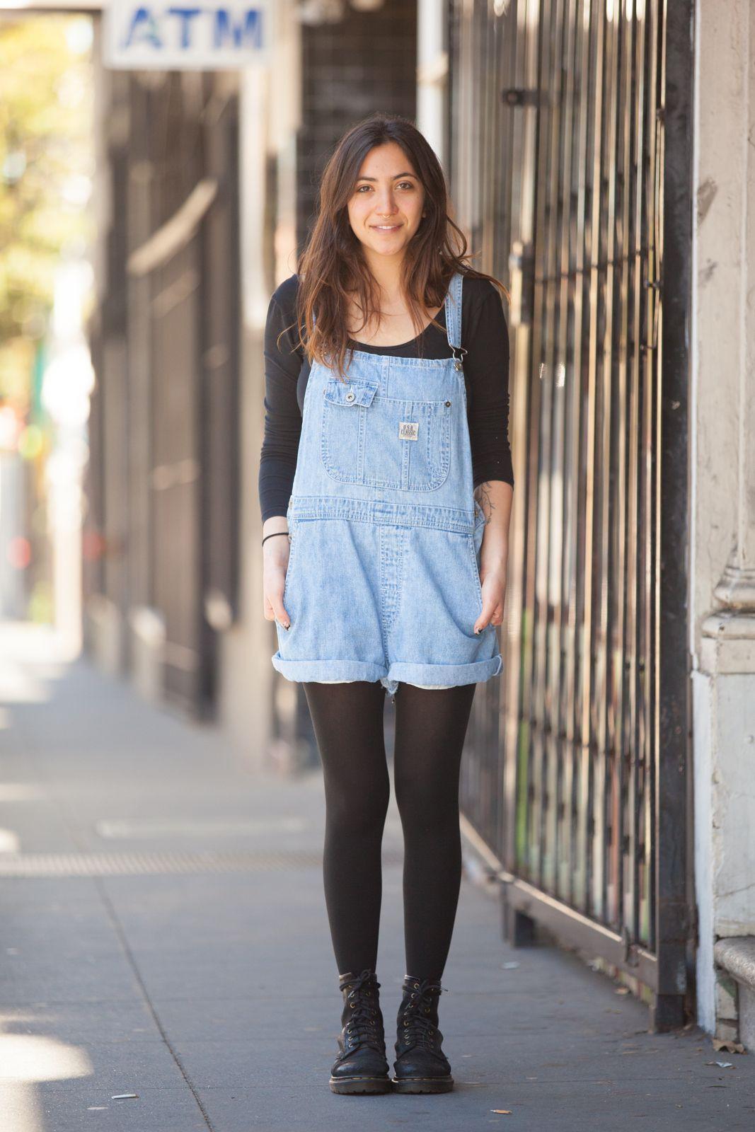 Dungaree shorts street style, black dungarees, street fashion