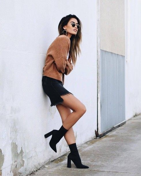 Lookbook fashion sock boots outfit, denim skirt, boot socks