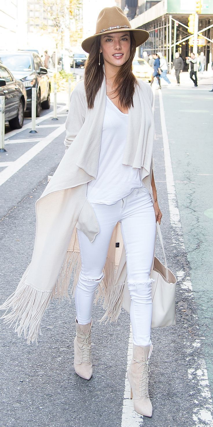 Colour outfit ideas 2020 white winter outfit, winter clothing, street fashion