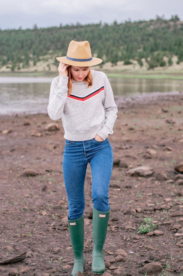 Outfit women outdoor clothing, hiking apparel, street fashion, casual wear, sun hat