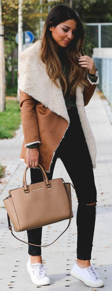 Shearling coat work outfit, winter clothing, leather jacket, shearling coat, street fashion, cas ...