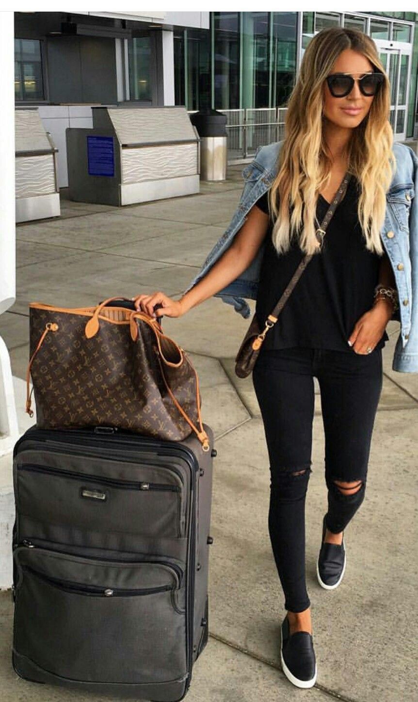 Classy outfit comfy travel outfits, fashion accessory, street fashion, hand luggage, las vegas