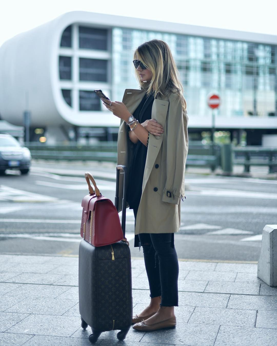 Colour outfit, you must try girls travel outfit julie sariñana, street fashion