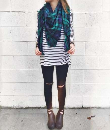 Turquoise and green colour dress with leggings, shorts, tights