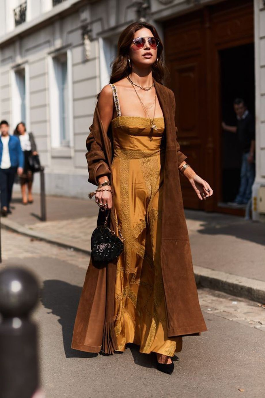 Colour outfit ideas 2020 street style brown paris fashion week, fashion design