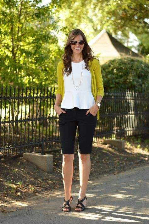 Knee length shorts outfit ideas