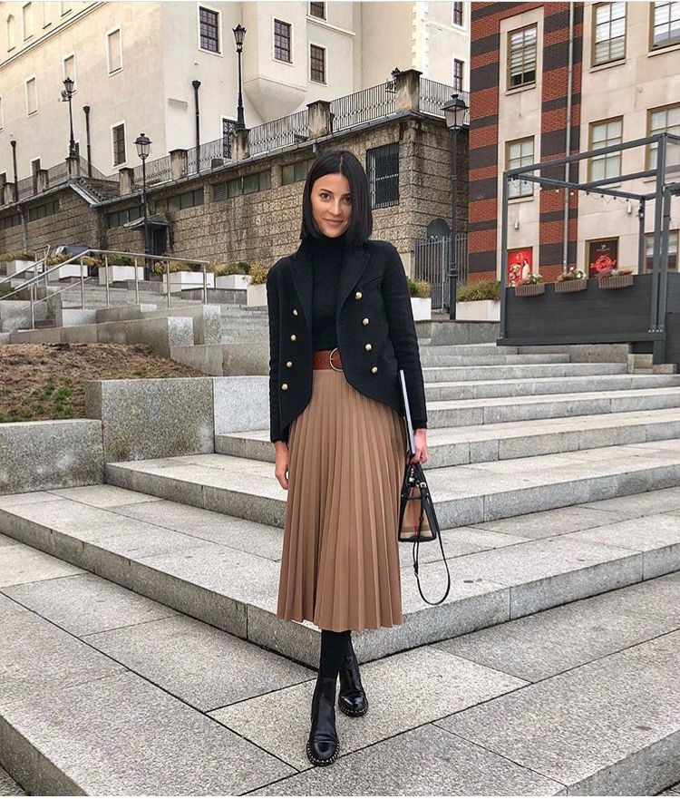 Camel pleated skirt winter outfit