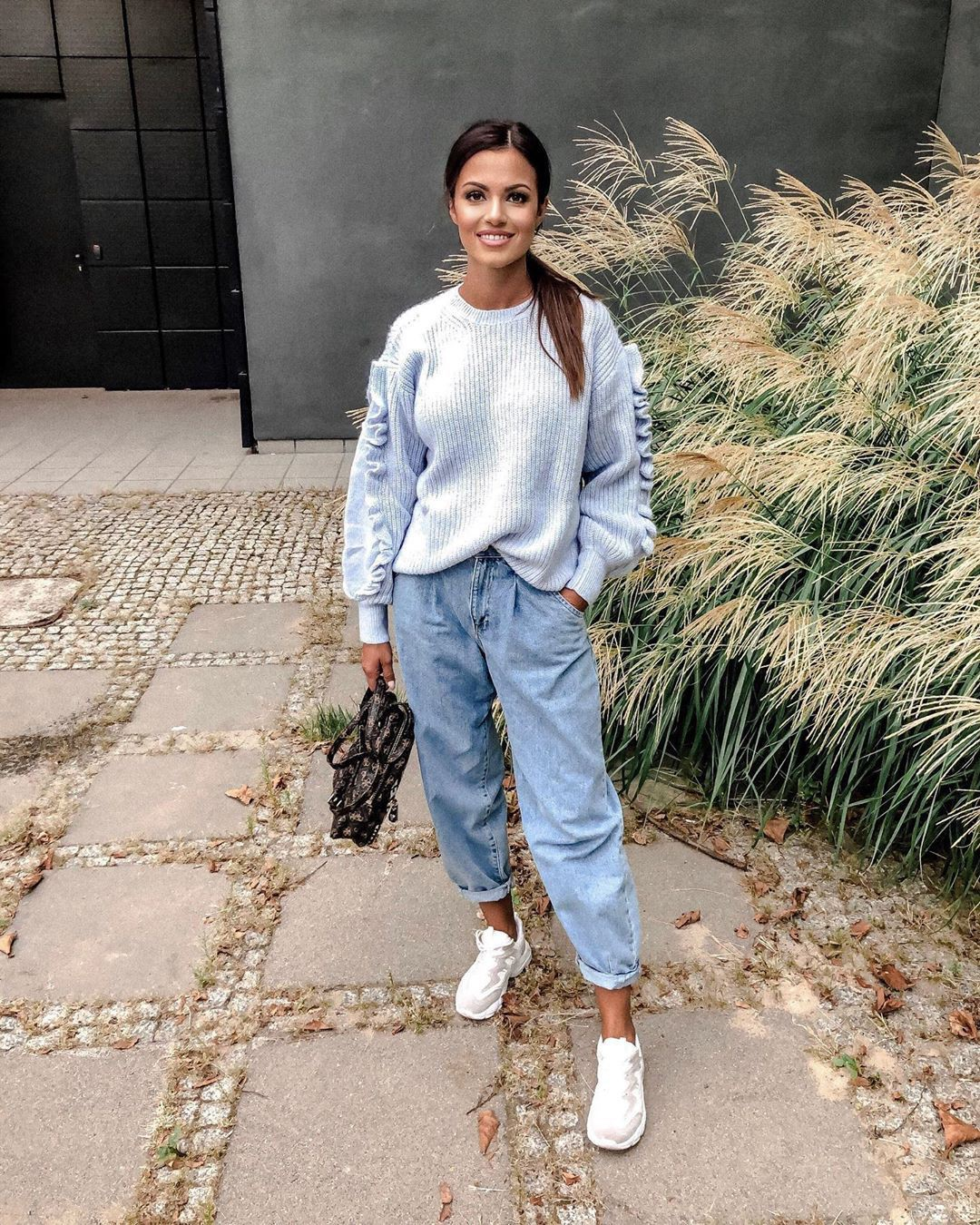 Colour outfit ideas 2020 with trousers, denim, jeans