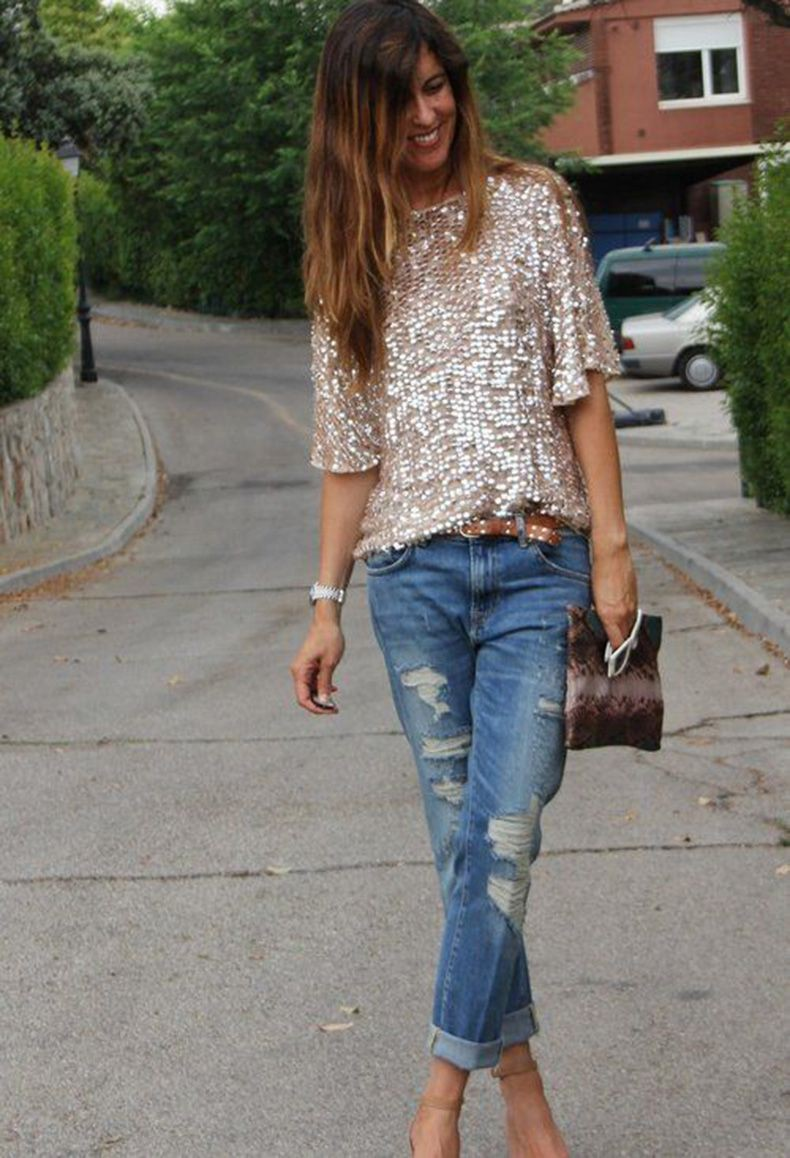 Sequins top with jeans, street fashion, casual wear, t shirt