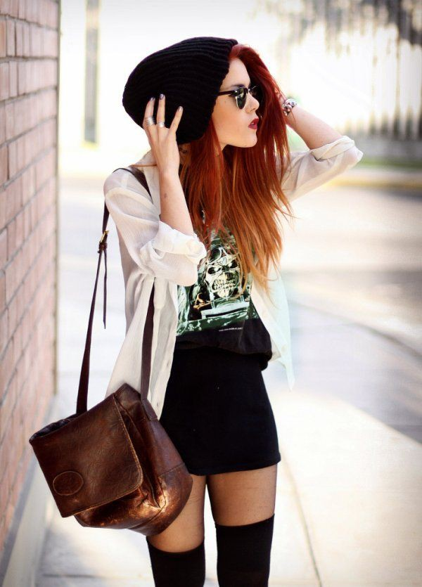 White and black classy outfit with miniskirt, crop top, beanie