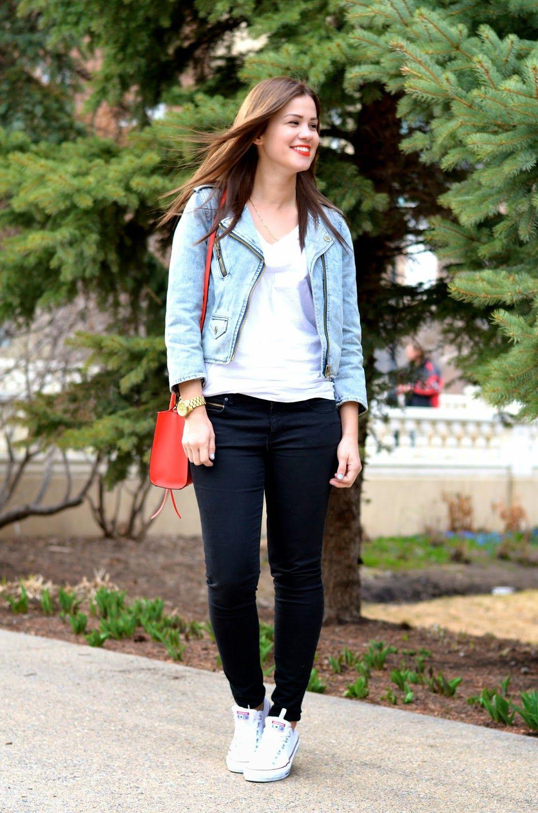 Denim moto jacket outfit, street fashion, casual wear, jean jacket, cobalt blue