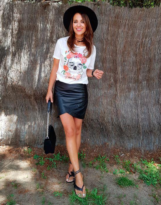 Paula echevarria falda cuero negra