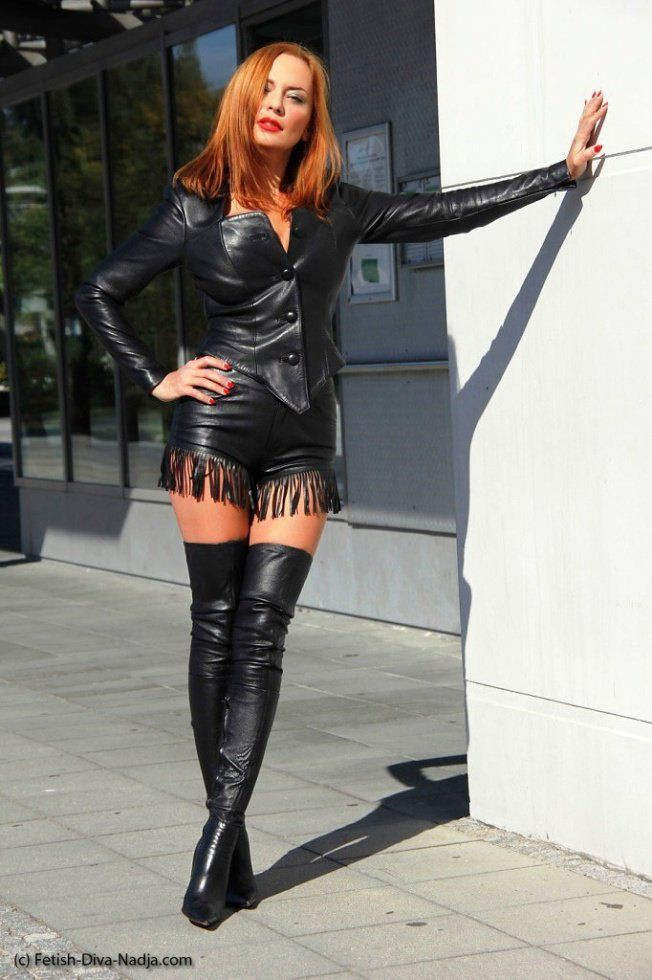 Outfit diva nadja blonde high heeled shoe, thigh high boots