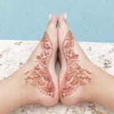Easy DIY Henna Designs for Feet