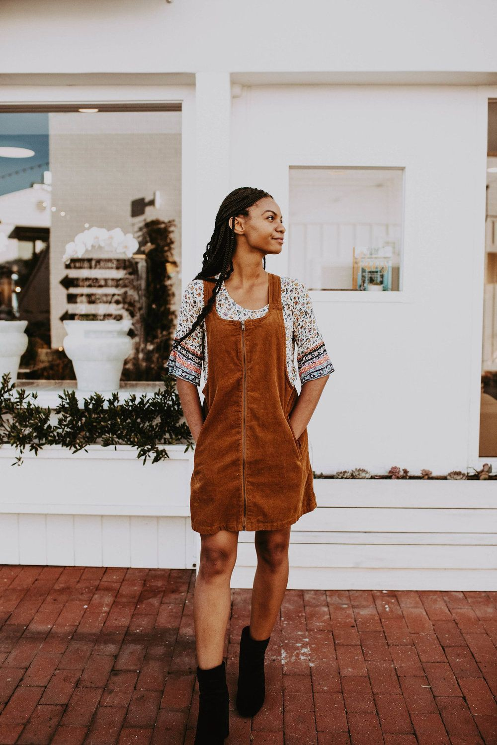 Week Of Outfits Series: A Week Of 1970s-Inspired Outfits With Leah Thomas, The Blogger Behind Gr ...
