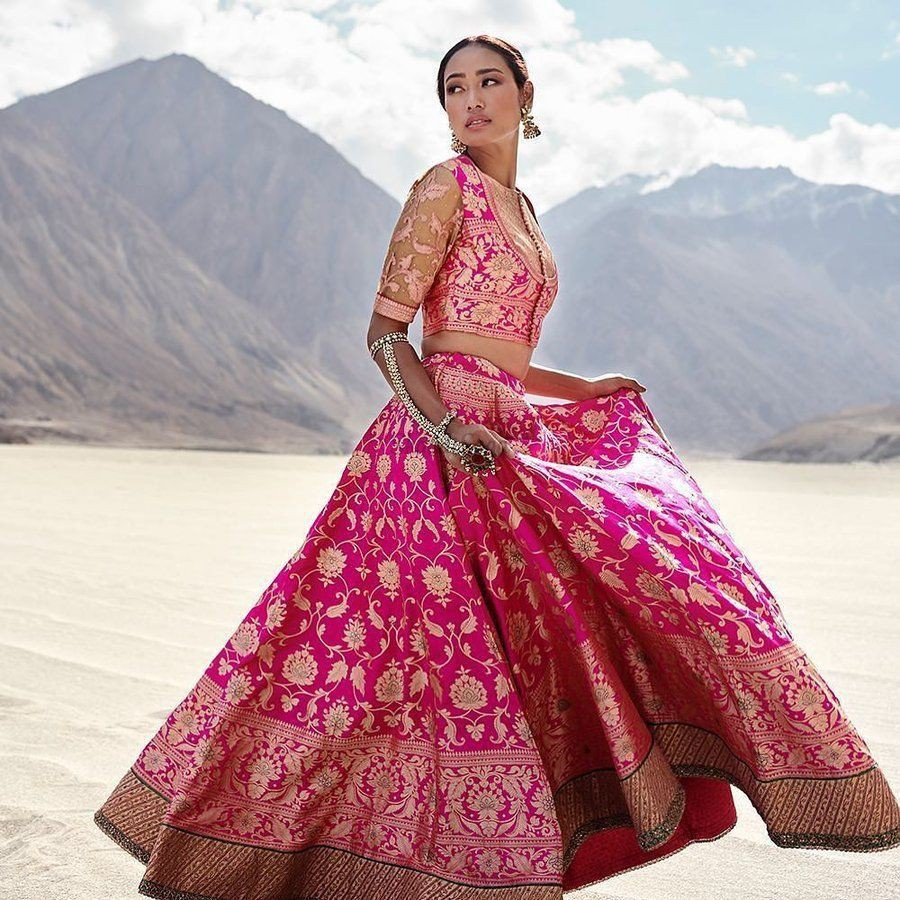 Banarasi lehenga designs for bride